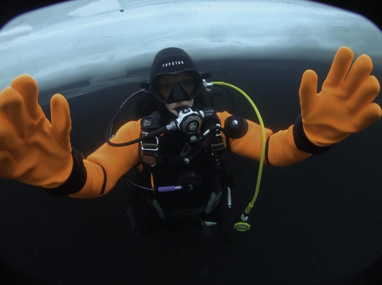 Plongée sous glace en haute savoie